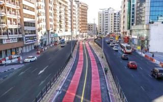 إنجاز مسار الحافلات ومركبات الأجرة في شارع خالد بن الوليد thumbnail