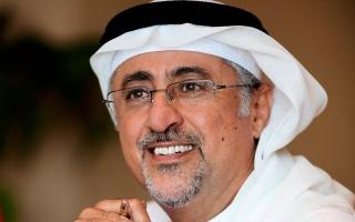 الصورة: جامعة دبي تدعم طلبتها بـ 470 ألف درهم وحواسيب آلية