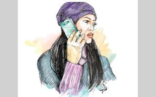 الصورة: 10آلاف درهم تعويضاً لامرأة سبّتها أخرى في الهاتف