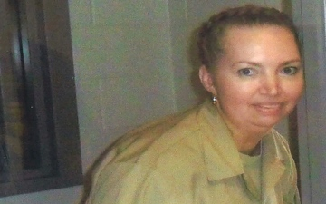 """الصورة: """"شقت بطن حامل وسرقت الجنين"""".. أميركية محكوم عليها بالإعدام تأمل في العفو"""