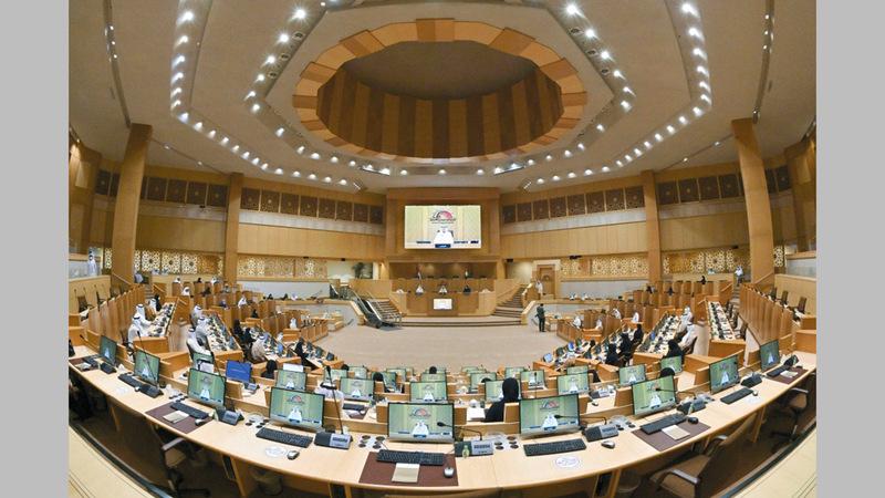 أعضاء المجلس يوجهون 4 أسئلة برلمانية إلى ممثلي الحكومة في جلسة الثلاثاء المقبل.  أرشيفية
