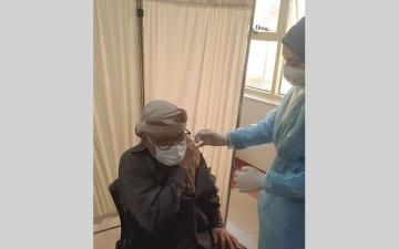 الصورة: %25 نسبة المواطنين ضمن من تلقوا لقاح «كوفيد-19» في عجمان