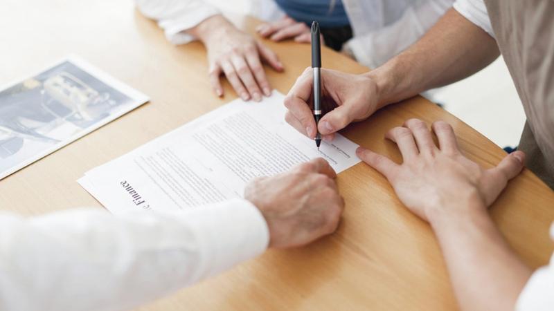 كبار المديرين وصُناع القرار في عدد من الشركات أعربوا عن تفاؤلهم بشأن انتعاش التجارة في أعقاب «كورونا».  أرشيفية
