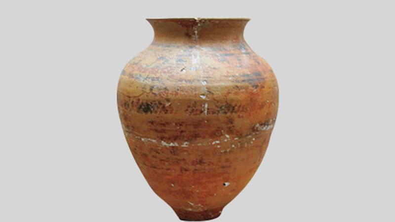 الفخار الأثري في المويهات عجمان