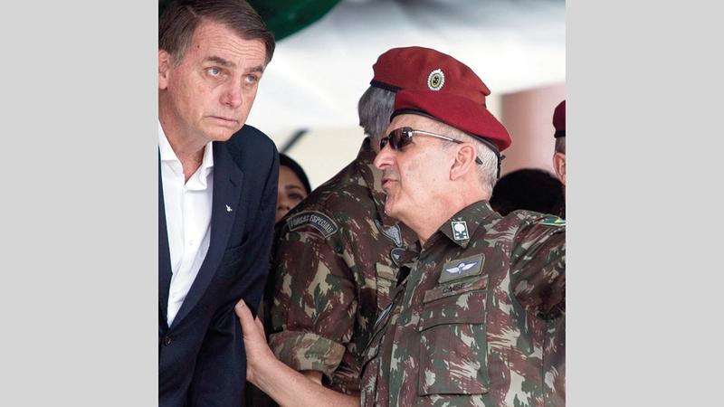 علاقة بولسونارو بالجيش قائمة على المصلحة المشتركة.  أرشيفية