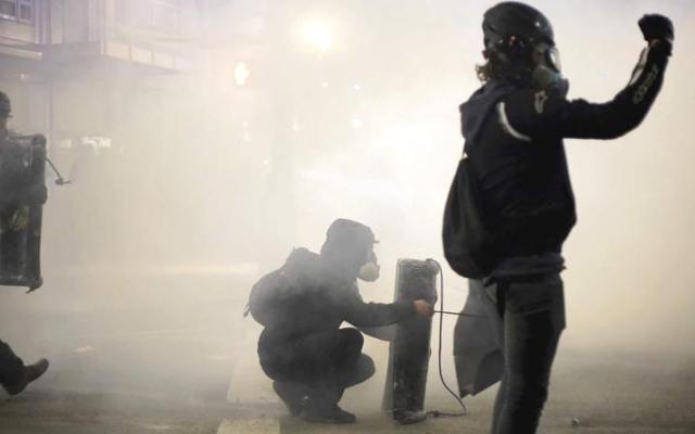 الصورة: تظاهرات وتخريب في بورتلاند وسياتل اعتراضاً على تنصيب بايدن