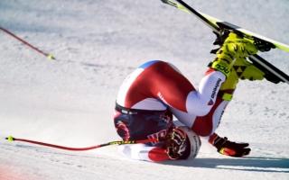 الصورة: بالفيديو.. متزلج يتعرض لحادث سقوط مروع بسرعة 140 كيلومتراً في الساعة