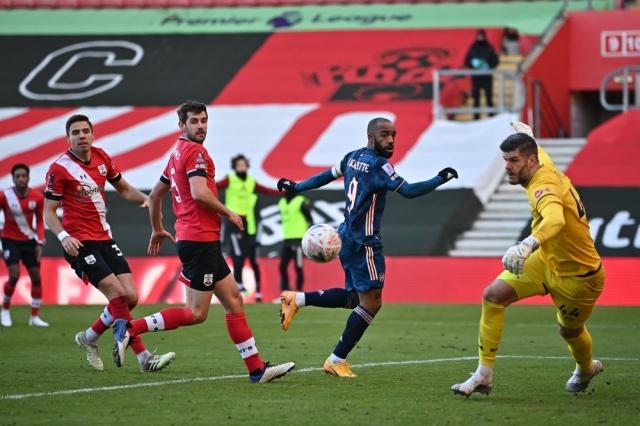 صورة ساوثهامبتون يطيح بارسنال من كأس الاتحاد الإنجليزي – رياضة – عربية ودولية