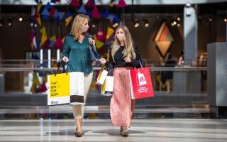 """الصورة: التخفيضات النهائية لـ""""دبي للتسوق"""" تقدم عروضاً مع خصومات تصل إلى 90%"""