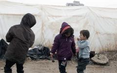 الصورة: باحثون: الحروب تهدد صحة 600 مليون امرأة وطفل حول العالم