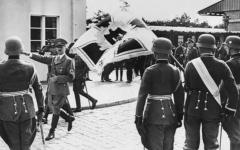 الصورة: مدينة بولندية ظلت مقراً سرياً للأسلحة النووية السوفييتية تخرج للعلن