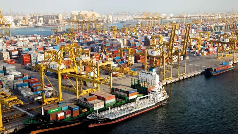 دبي تمتع ببيئة تجارية واستثمارية آمنة ومنظومة جمركية تجعلها من أهم المراكز التجارية في العالم. أرشيفية