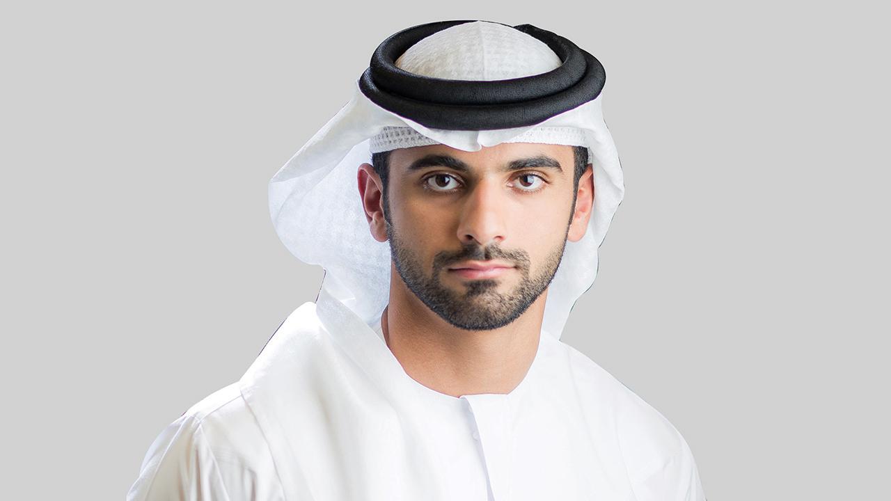 منصور بن محمد ترأس اجتماع اللجنة.  من المصدر