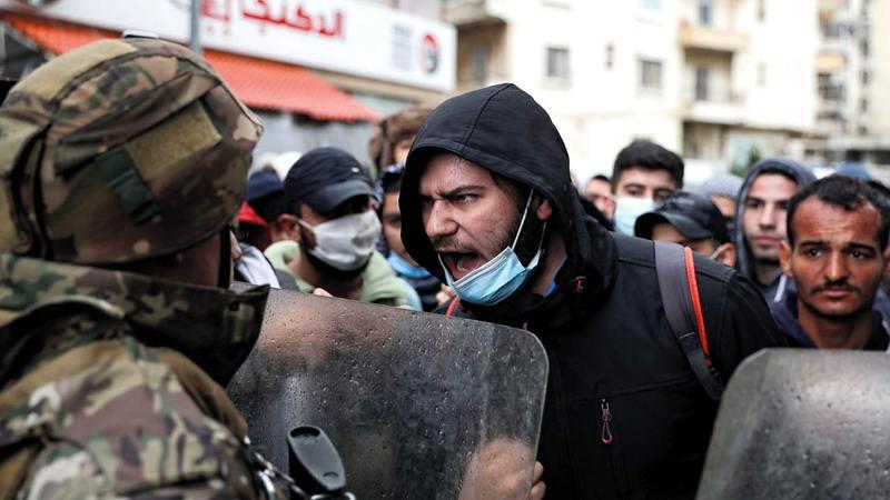 أظهرت التظاهرات التي اندلعت في طرابلس حدود صبر المواطنين الذين فقدوا كل الثقة بالطبقة الحاكمة.   أ.ف.ب