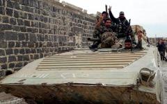 الصورة: 19 قتيلاً من القوات السورية في هجوم لـ «داعش» بالبادية