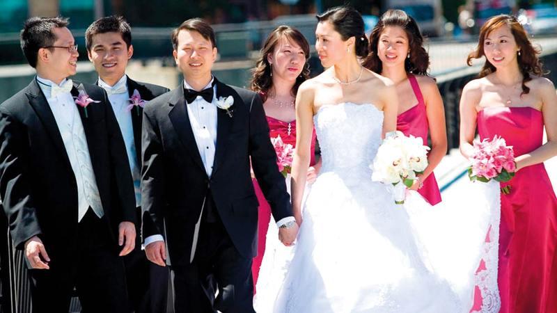 خلافات تنشب بين الأزواج بسبب تخصيص وقت الإقامة بشكل غير متساوٍ مع العائلتين.    أرشيفية