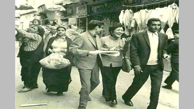 درويش قوبل بحفاوة من كبار المثقفين المصريين.  أرشيفية