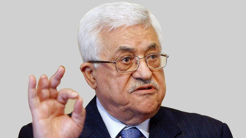 عباس لايزال رئيساً للسلطة الفلسطينية منذ 16 سنة بعد وفاة عرفات.  إي.بي.إيه