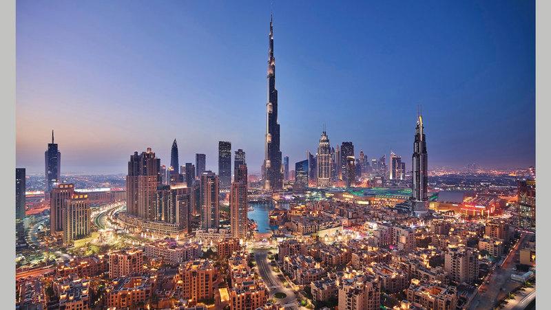 عقاريون يتوقعون تراجع أسعار القطاع الإيجاري في دبي لكن بوتيرة أقل من العام الماضي.   أرشيفية