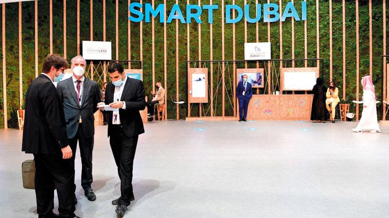 دبي تتمتع ببنية تحتية رقمية متطورة عالية الكفاءة والاعتمادية وتسهم في تسهيل الأعمال.  أرشيفية