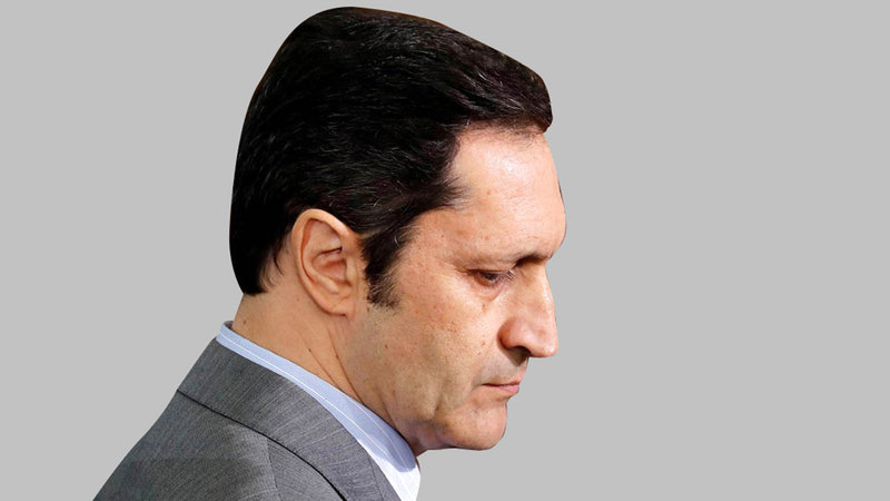 علاء مبارك:  «الفقي (رجل الكاوتشوك)، يتمتع بمرونة غير عادية، وشخصية متلونة، يجيد اللعب على كل الحبال، حسب الظروف والتوقيت».