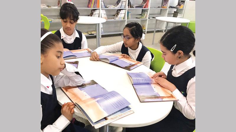 التعاون مع «التربية» يتيح للأرشيف الوطني أداء دوره في تطوير المعارف الطلابية.  أرشيفية