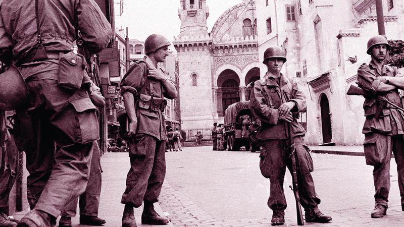 جنود الاستعمار الفرنسي في الجزائر.  أرشيفية