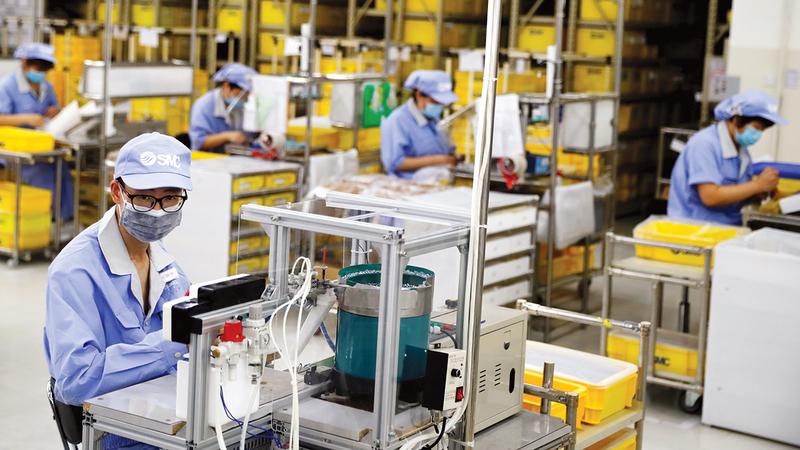 تأتي الصين في المرتبة الثانية من حيث الدول الأكبر اقتصاداً في العالم.  رويترز