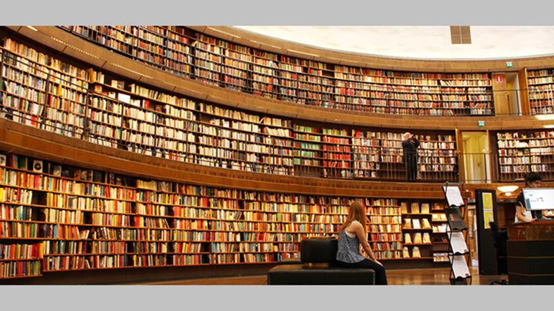 انتشار الكتاب المسموع يواكب تطوّر المنصات الرقمية التي تعمل على تحويل الكتب الورقية إلى إلكترونية ومسموعة.  أرشيفية