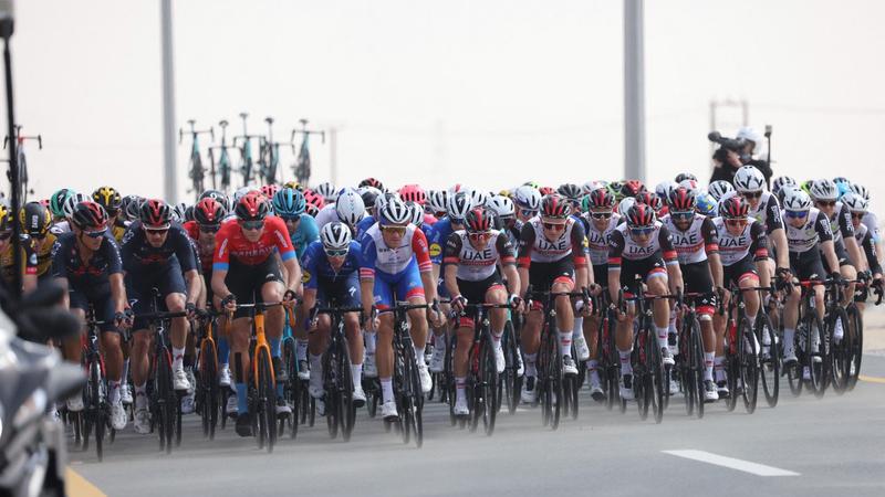المرحلة الأولى من طواف الإمارات شهدت إثارة كبيرة منذ البداية وحتى الأمتار الأخيرة.  من المصدر