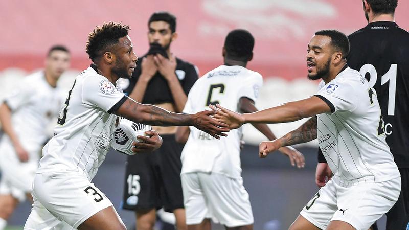 الجزيرة يُبهر الجماهير في دوري الخليج العربي بالنتائج والأداء.  تصوير: إريك أرازاس