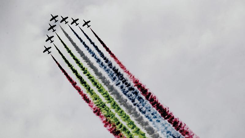 يشارك فريق «الفرسان»، منذ تأسيسه عام 2008، في مختلف المناسبات الوطنية والمحافل الإقليمية والدولية، بقيادة نخبة من طياري القوات الجوية والدفاع الجوي.