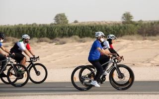 الصورة: بالصور.. «الحكومة» تمارس الرياضة في ختام «خلوة الخمسين»