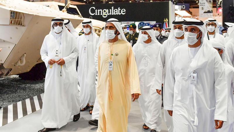 محمد بن راشد: صناعتنا الدفاعية الوطنية وضعت قدمها في مضمار المنافسة العالمية. وام