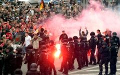 الصورة: استخبارات ألمانيا تنتبه إلى حملة قومية أطلقها نازيون جدد قبل عام