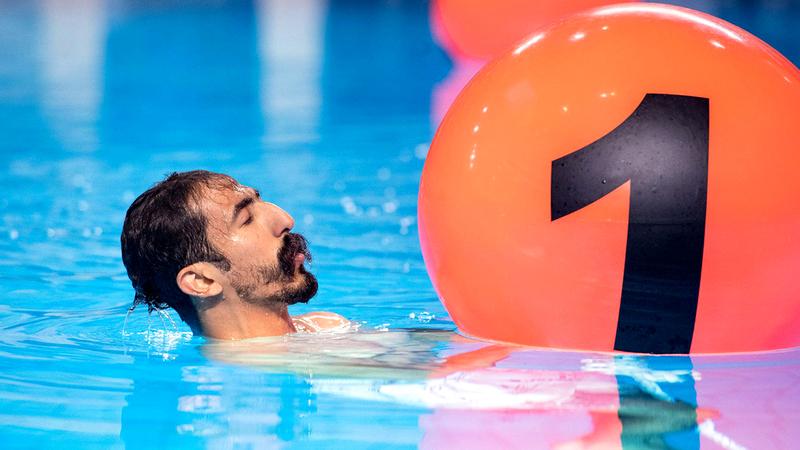 عبدالله الحسام: «أعمل مهندساً، لكنني أعشق البحر، وأفتخر بأنني أول من قام بتنفيذ أول سارية علم ذاتية الارتكاز في العالم تحت الماء».