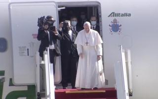 الصورة: بالصور.. البابا فرنسيس يغادر العراق بعد زيارة تاريخية
