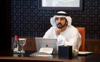 حمدان بن محمد يوجه بتشكيل اتحاد الإمارات للصقور برئاسة أحمد بن محمد thumbnail