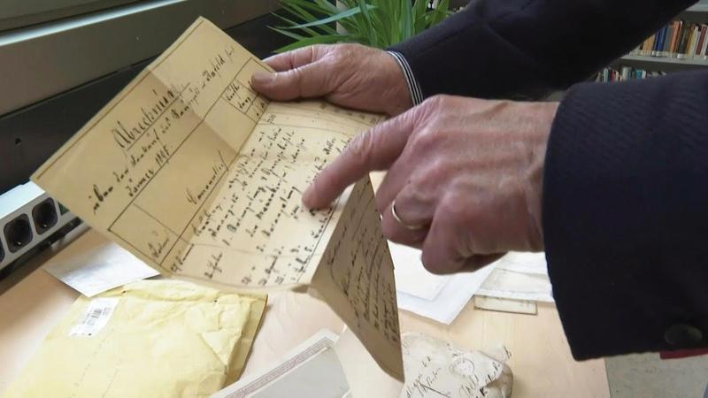 هتلر الأب الذي ولد عام 1837 وتوفي عام 1903 كتب الرسائل لصديقه جوزيف رادليغ.  أ ف ب