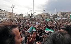 الصورة: الباحثة السورية لينا سنجاب: سورية تعيش أحلك لحظاتها حالياً