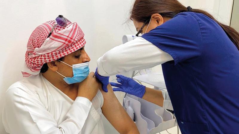 تم تقديم اللقاح لـ70.21% من كبار السن وأصحاب الأمراض المزمنة.  أرشيفية