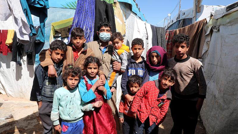 لاجئون سوريون في وادي بكا بلبنان.  رويترز
