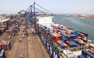 الصورة: فتح ميناءي الإسكندرية والدخيلة في مصر بعد تحسن الأحوال الجوية
