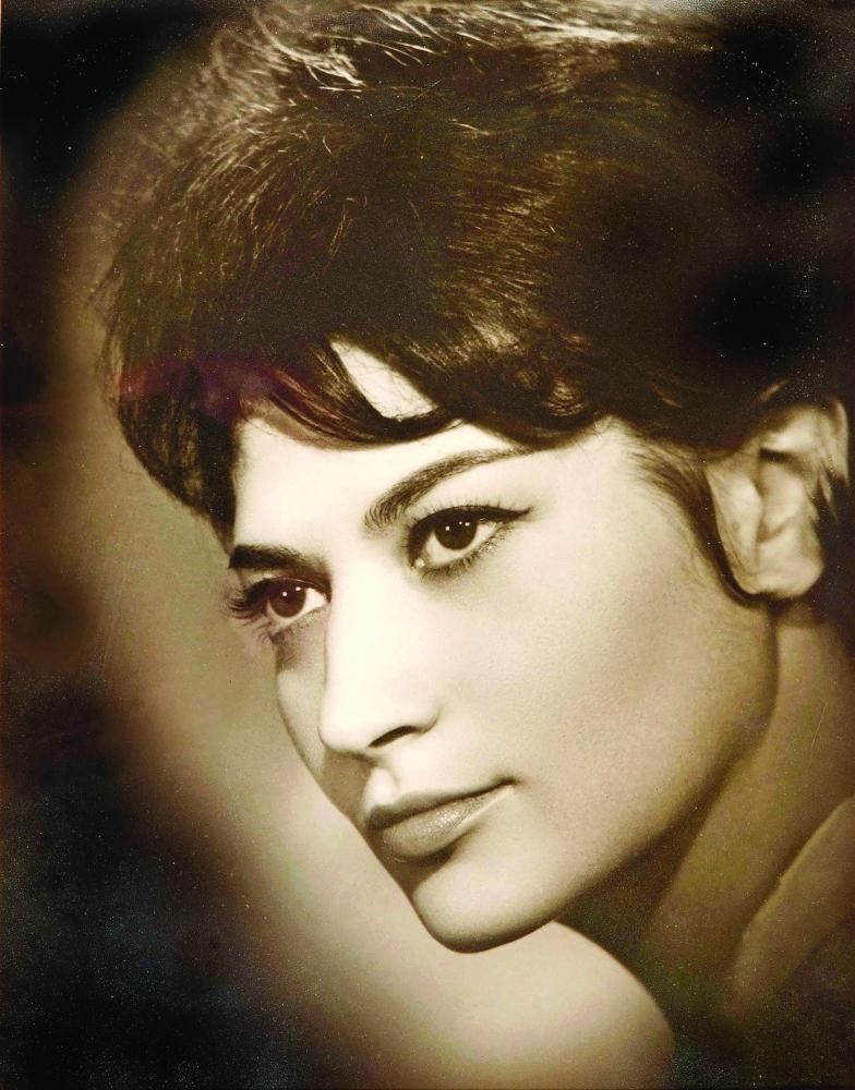 ايزابيلا بيدرو..حصلت على خطة بناء السد العالي في مصر قبل بنائه في الستينات. أرشيفية