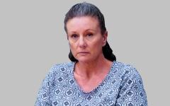 الصورة: علماء الطب يحـاولـون تبرئة امرأة أدينت خطأً بقتل أطفالها الـ 4