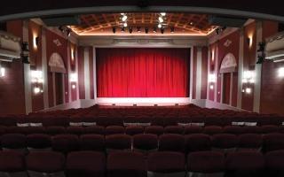 الصورة: أقدم سينما في موسكو تعيد فتح أبوابها