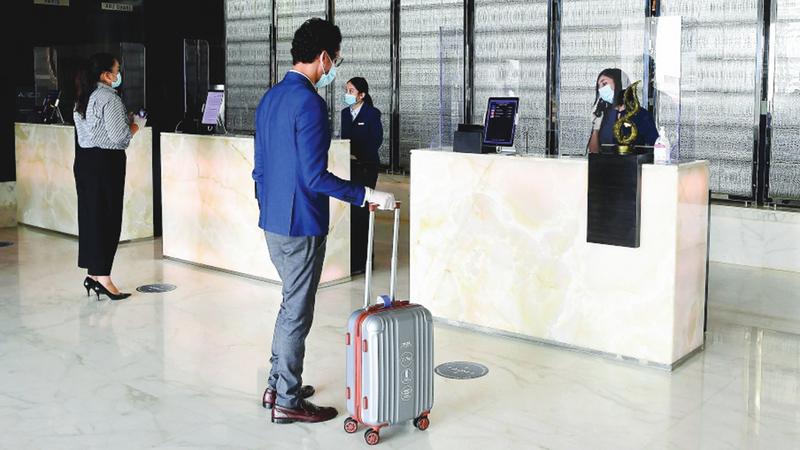 تمديد إجازات السيّاح انعكس إيجاباً على ارتفاع متوسط الليالي الفندقية التي يقضيها الزائر.   أرشيفية