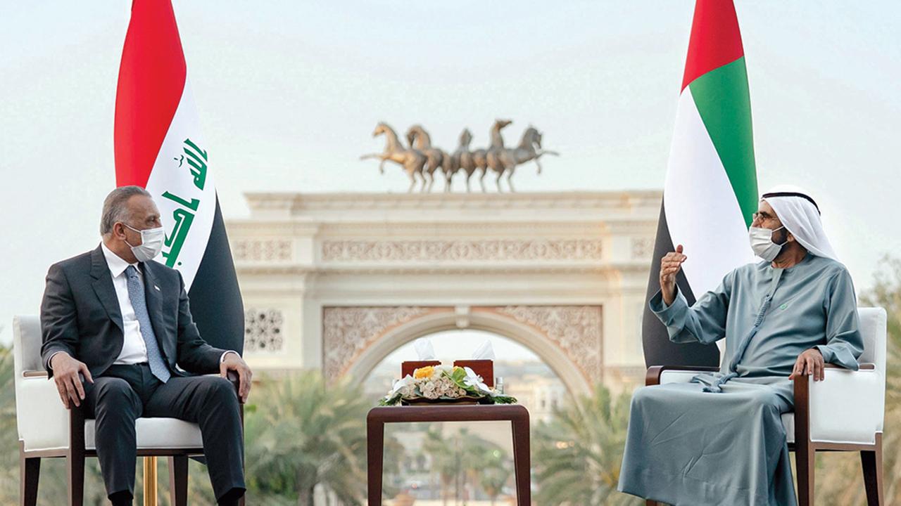 محمد بن راشد خلال استقباله رئيس الوزراء العراقي.  من المصدر