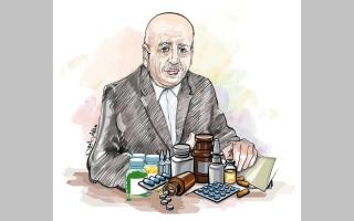 الصورة: «أبوياسمين» يحتاج 22.8 ألف درهم كلفة أدوية لمدة عام