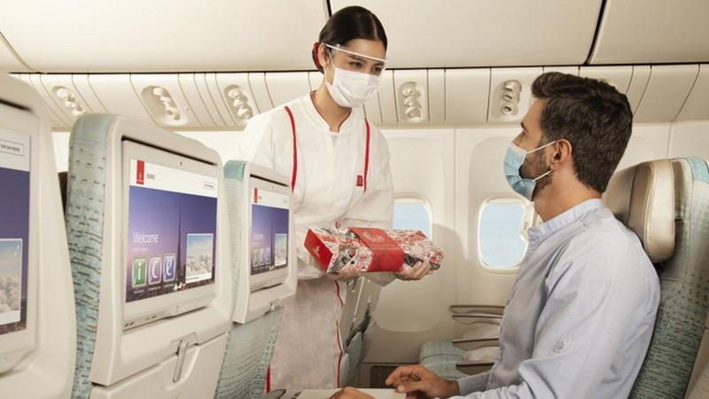 دأبت «طيران الإمارات» منذ أكثر من 20 عاماً على توفير خدمات رمضانية متميزة لركابها.  من المصدر